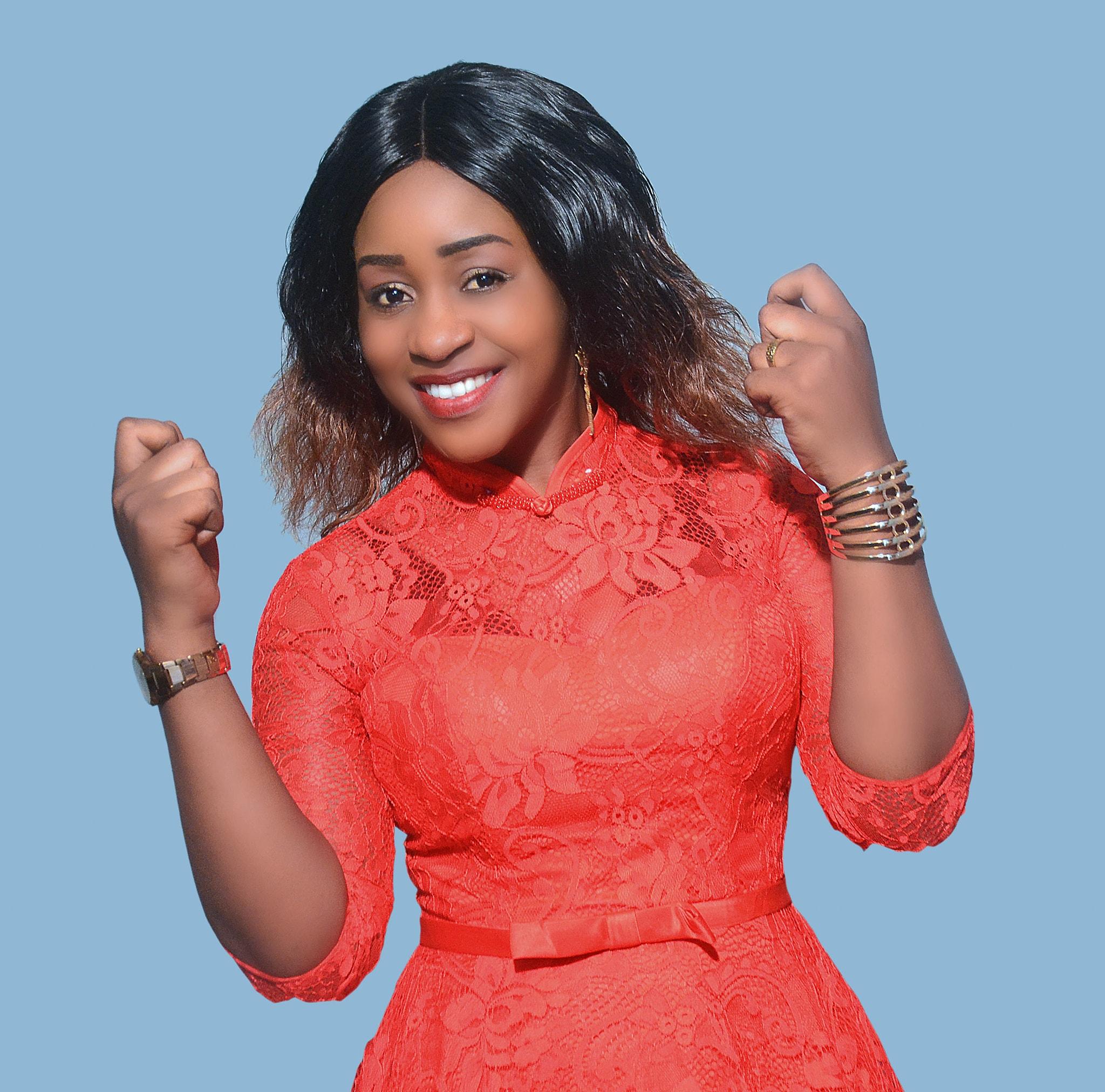 Madam Martha Ft Chidumule - Mungu hana Upendeleo | Download mp3 audio.